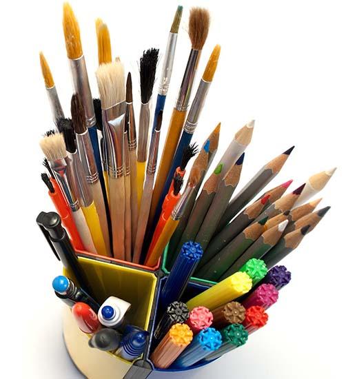 Idee e Soluzioni Agenzia Marketing e Comunicazione Progettazione Logotipo