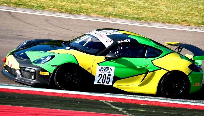 Mauro Pizzola Sponsorizzato Da Idee E Soluzioni Ha Conquistato Il Podio Con La Sua Porsche Cayman 205