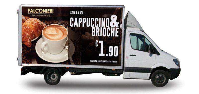 idee e soluzioni progetto grafico furgone Falconieri Arte Pasticciera fiancata destra